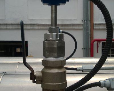 Medição de vazão com instalação hot tap em linha de refrigeração com medidor de vazão eletromagnético de inserção EX250