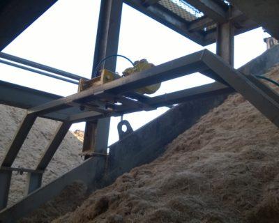 Medição de vazão de bagaço de cana em transportador com sistema de pesagem radioativo sem contato e livre de desgaste LB 472